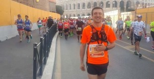 Tomek running his 1st marathon (in Rome)